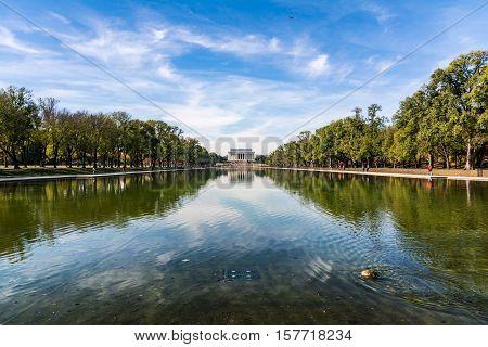 Lincoln Memorial Over Reflecting Pool National Mall Daytime Washington Dc Usa