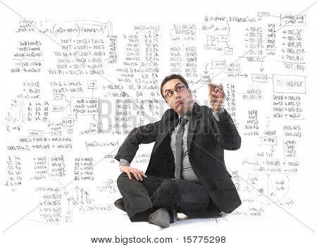 Empresario escribir algunos gráficos complicados