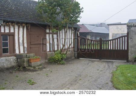 Постер, плакат: Дома страны Нормандия Франция, холст на подрамнике