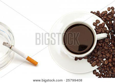 La nicotina y cafeína.