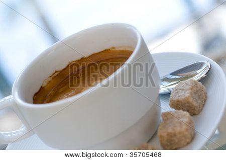 Nahaufnahme der eine leckere Tasse Kaffee