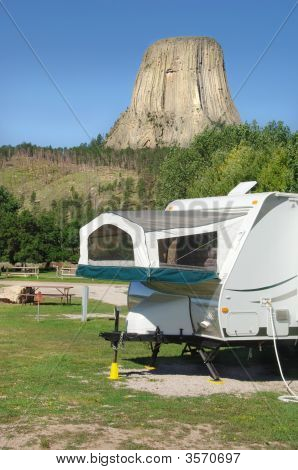 Camper By Devil'S Tower, Wyoming