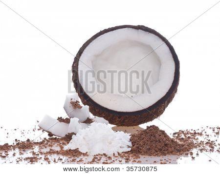 Pulpa de coco. Aislamiento en el blanco