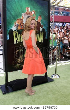"""LOS ANGELES - AUG 5:  Leslie Mann arrives at the """"ParaNorman"""" Premiere at Universal CityWalk on August 5, 2012 in Universal City, CA"""