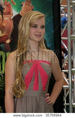 LOS ANGELES - AUG 5:  Sierra McCormick arrives at the