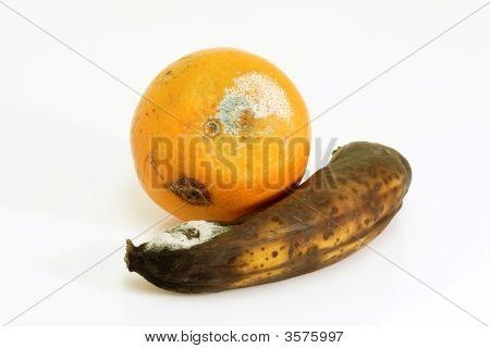Contaminated Fruits