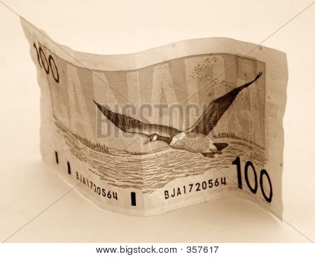 Canadian Money 100 One Hundred Dollar Bill