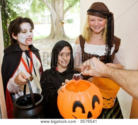 Trick Or Treaters At Door