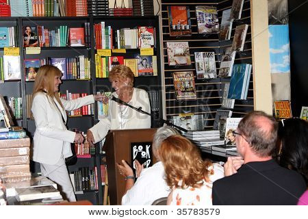 "LOS ANGELES - AUG 7:  Lindsay Harrison, Jeanne Cooper speaking at a Book Signing of ""Not Young, Still Restless"" by Jeanne Cooper with Lindsay Harrison at Book Soup on August 7, 2012 in W Hollywood, CA"