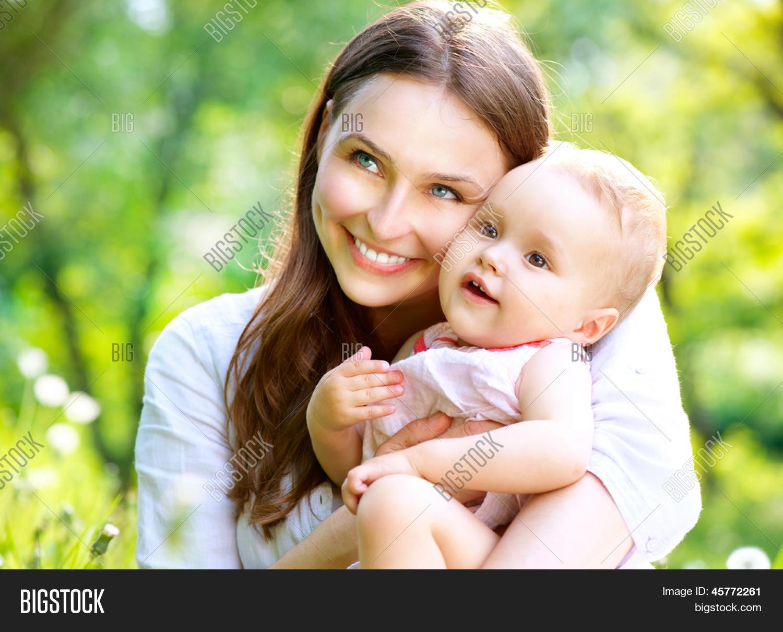 Фото молодых мам на улице 28 фотография
