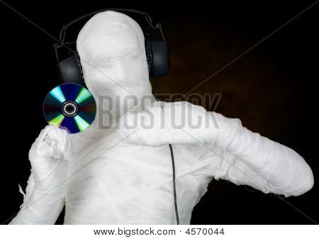Dj Costume Mummy With Ear-phones And Disc