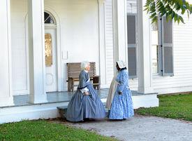 image of slave-house  - Volunteers re - JPG