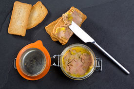 picture of canard  - Canard Foie gras Pate made of the liver of a duck or goose with toasted bread slices - JPG