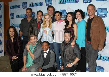 LOS ANGELES - DEC 18:  Cloud 9 Cast at the Premiere Of Disney Channel's