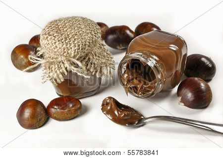 Chestnuts and a chocolate cream in little jars
