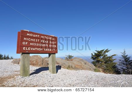 Mount Mitchell sign marking the highest peak east of the Mississippi River, at 6684 feet