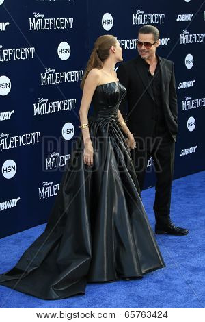 LOS ANGELES - MAY 28:  Angelina Jolie, Brad Pitt at the