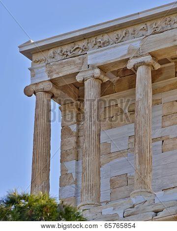 Athena Niki small temple