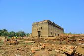 picture of kan  - Old temple - JPG