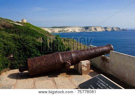 Old Gun, Bonifacio