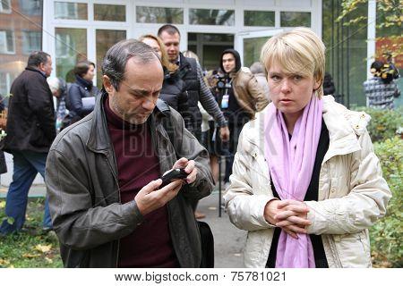 Journalist Alexander Podrabinek and politician Evgenia Chirikova