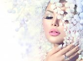 picture of snow queen  - Winter Beauty Woman - JPG