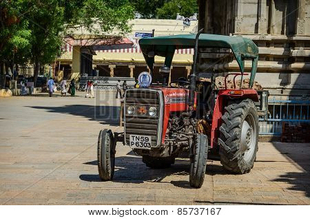 Wheeled Tractor Inside  Meenakshi Temple
