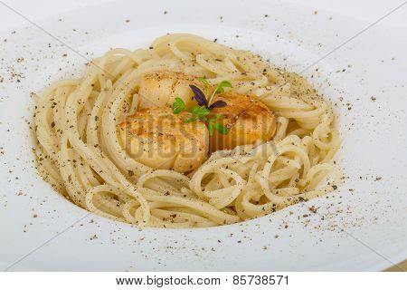 Pasta With Scallops