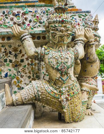 Demon guardian supporting Wat Arun Temple, Thailand