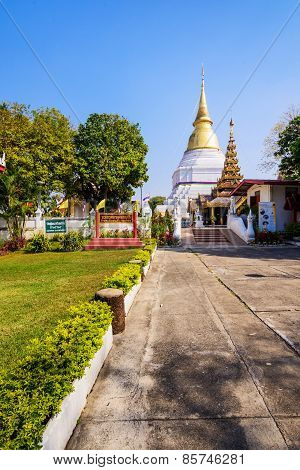 Wat Phra Kaew Don Tao Temple In Lampang Is Beautiful. The Temple Is A Mix Of Burmese,shan And Lanna