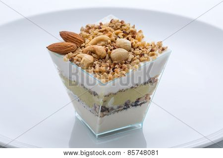 frozen yogurt cake with nuts