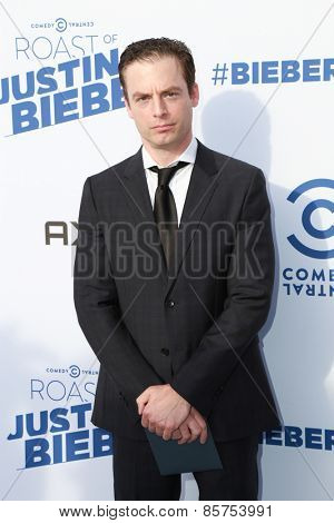 LOS ANGELES - MAR 14:  Justin Kirk at the Comedy Central Roast of Justin Bieber at the Sony Pictures Studios on March 14, 2015 in Culver City, CA