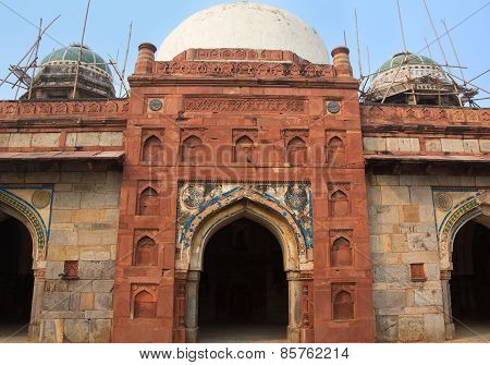 Isa Khan Niyazi Mosque At Humayun's Tomb Complex, Delhi, India