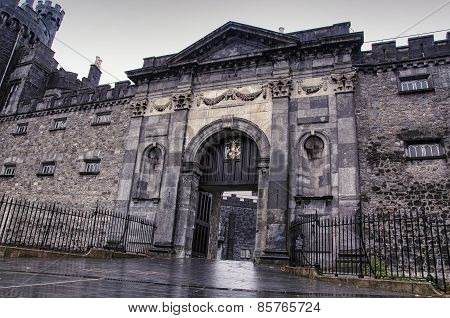 Entrance to the Kilkenny Castle