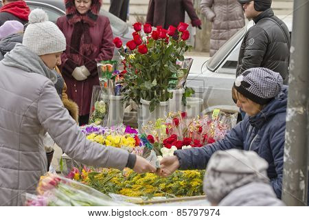 Sale of flowers and bouquets at the street