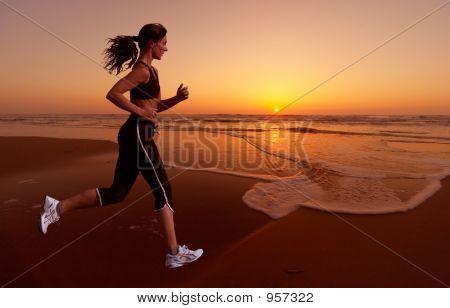 Laufen und Sonnenuntergang