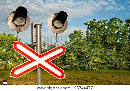 railway crossing with semaphore