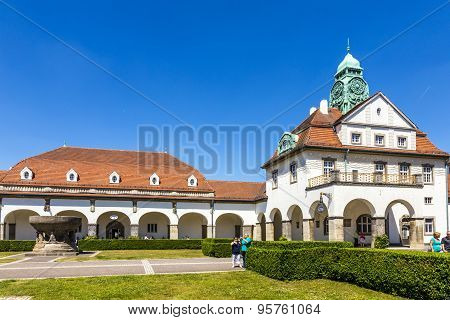 People Enjoy The Sun In The Beautiful Sprudelhof In Bad Nauheim