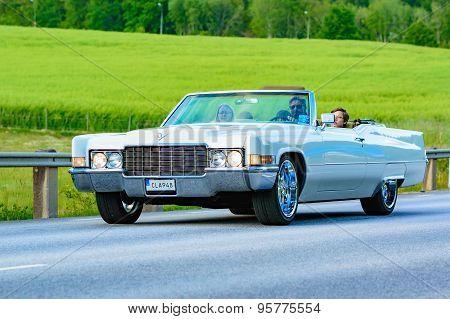 Cadillac Deville White 1969