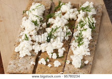 Crisp Bread With Curd