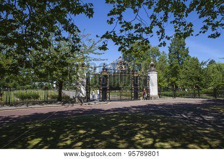Jubilee Gates At Regents Parks In London