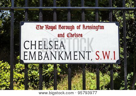 Chelsea Embankment Street Sign