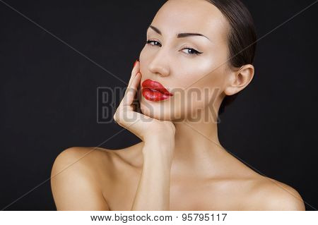 Beautiful Sexy Young Girl With Red Lips, Bright Make-up On Dark Background