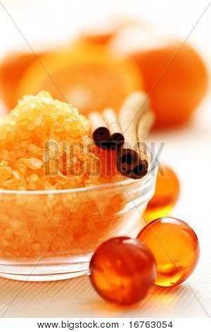tangerine bath - bath salt and fresh fruits