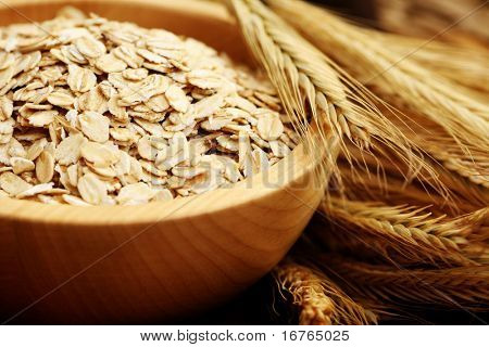 bowl of oats - healthy eating - food and drink