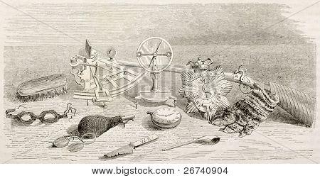 Antiga ilustração de objetos de expedição de John Franklin encontrados após desastres. Criado por Lancelot, publ
