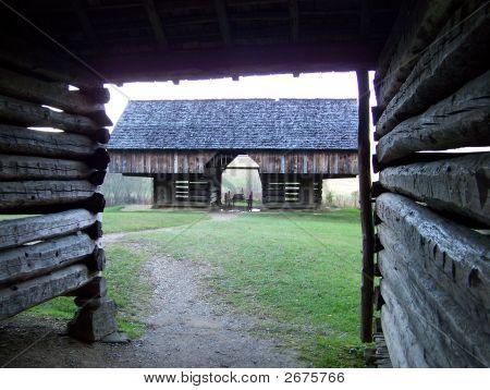 Cantilever Barn