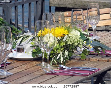Colorful wedding table decorations