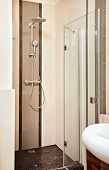 foto of shower-cubicle  - Shower cubicle in beige tones - JPG