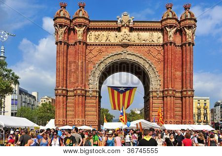 BARCELONA, SPAIN - SEPTEMBER 11: Arc de Triomf during the National Day of Catalonia on September 11, 2012 in Barcelona, Spain. A huge Estelada, the Catalan independentist flag, hung in this landmark